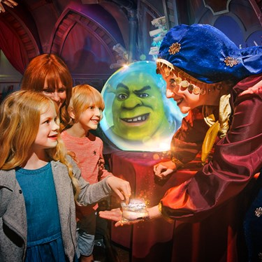 Shrek's Adventure! London Esmerelda and Children